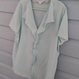 Light green pendleton blouse size 16